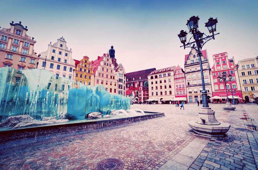 5 Reasons Why Outsourcing Software Development to Poland Makes So Much Sense